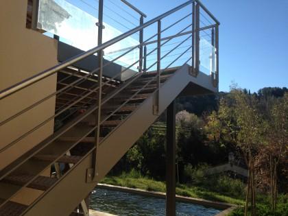 Escalier extérieur chez un particulier à Hyères